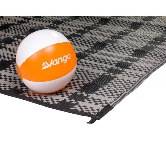 kalari-380-carpet